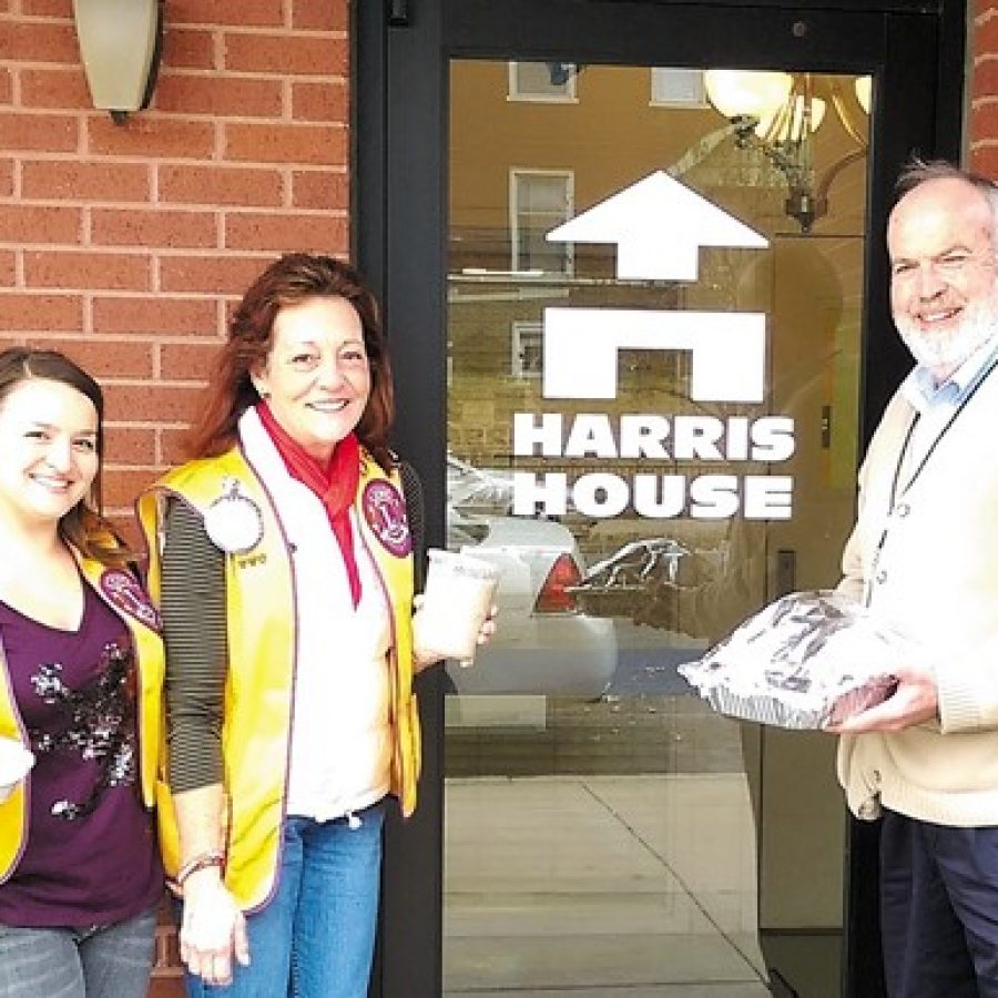 Mehlville Lions Club conducts Turkey Giveaway