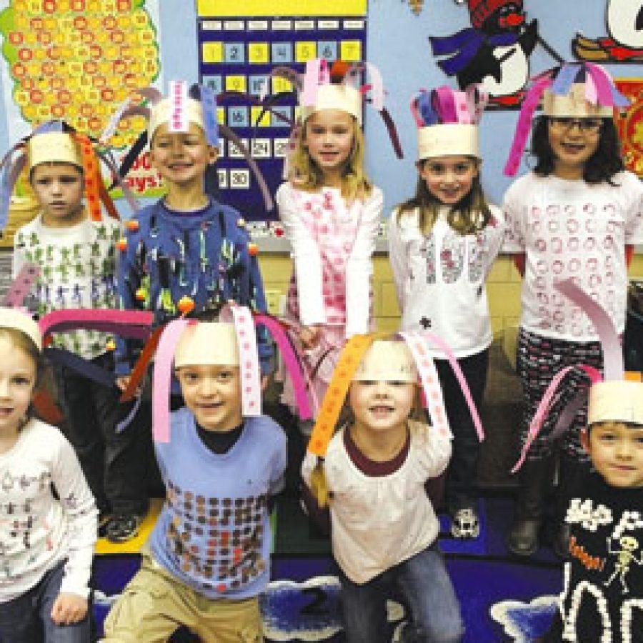 Kindergartners mark 100th day of school