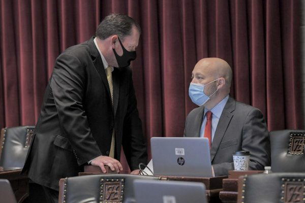 House Speaker Rob Vescovo, R-Arnold, speaks with House Budget Chairman Cody Smith, R-Carthage, during the Nov. 10, 2020 special session (photo courtesy of Tim Bommel/House Communications).
