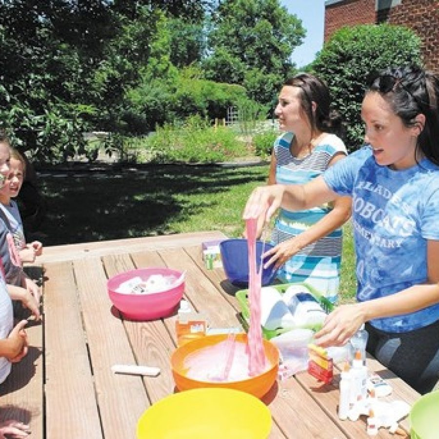 Mehlville students learn to make slime