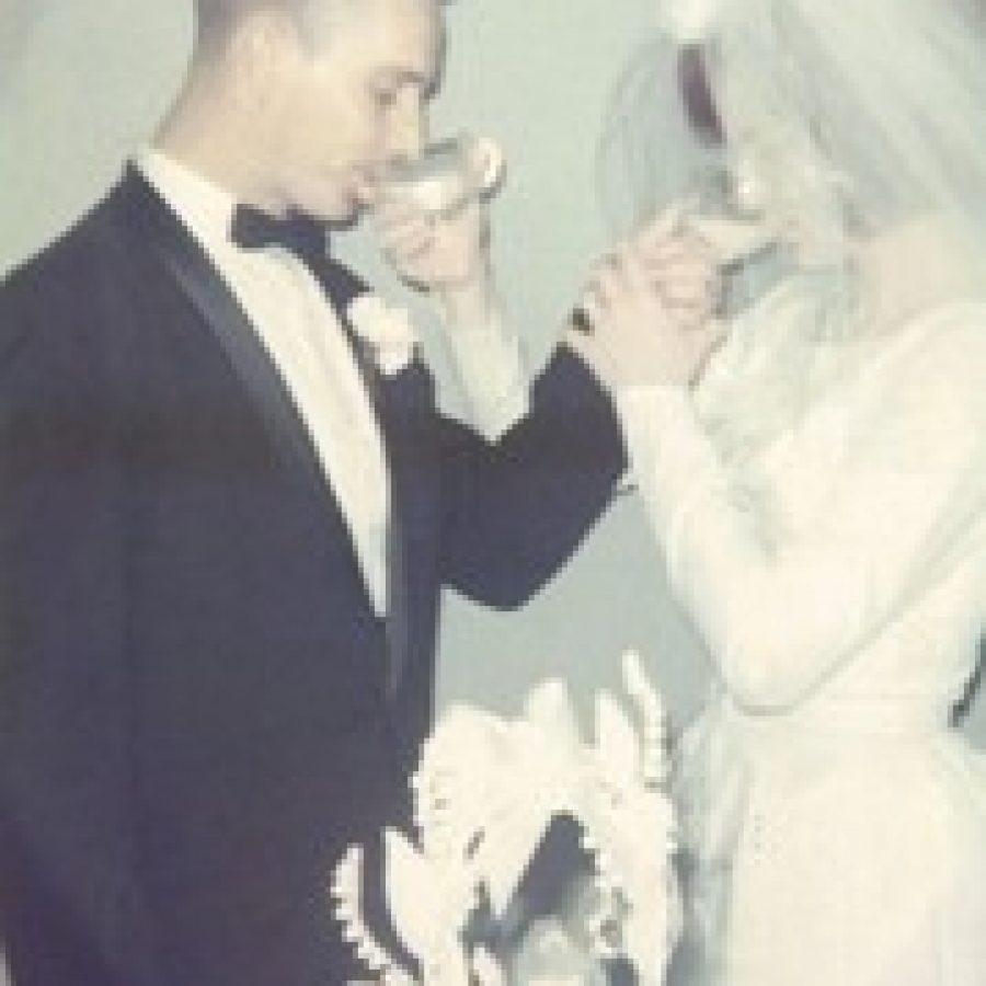 Jim and Glenda Gray celebrate their 50th wedding anniversary