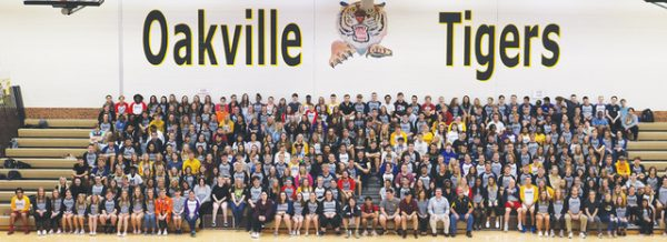 Oakville HIgh School Class of 2020 official class photo