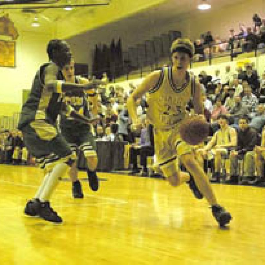 Oakville High boys' basketball team falls to Lindbergh in district semifinal