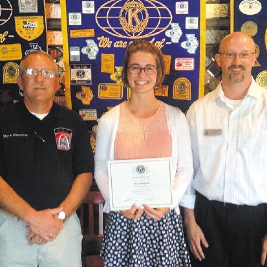 Crestwood-Sunset Hills Kiwanis Club honors LHS senior