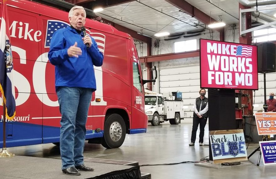 Gov.+Mike+Parson+speaks+during+an+Oct.+27%2C+2020%2C+campaign+stop+in+Columbia.+%28Rudi+Keller%2FMissouri+Independent%29