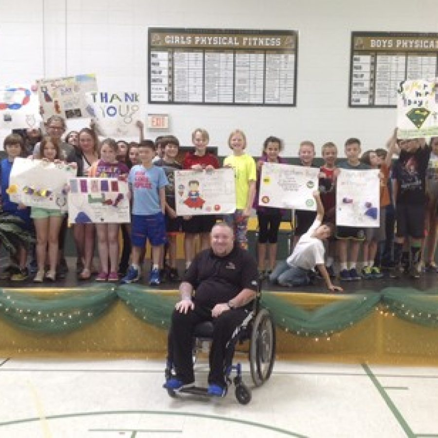 Sappington Elementary School fifth-graders show their support for former Rock Hill Police Officer Matt Crosby, who was paralyzed by a gunshot wound while on duty in 2010.