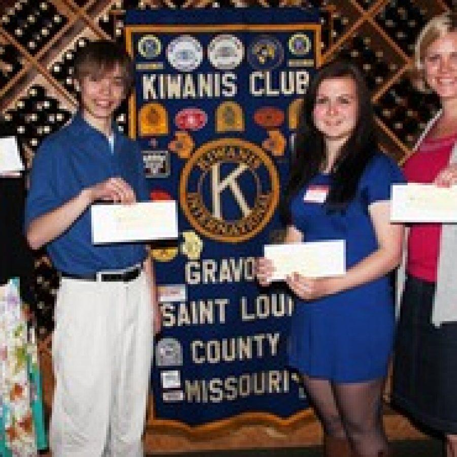 Kiwanis Club awards $1,000 scholarships