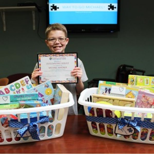 Student collects puzzles for young patients