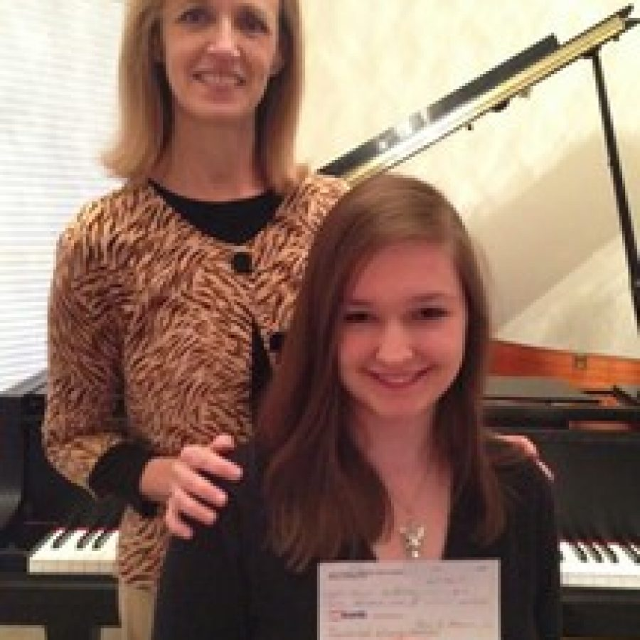 Lindbergh student takes first at festival