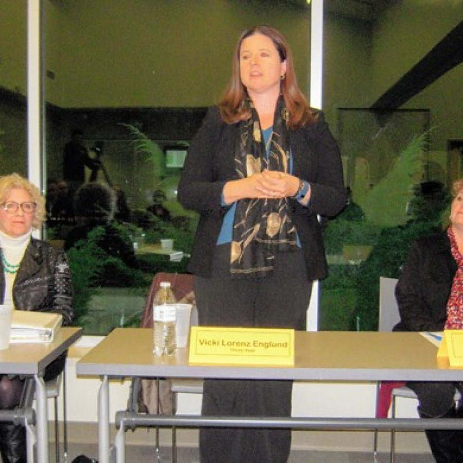 Board of Education Treasurer Vicki Lorenz Englund, center, speaks during the March 16 forum. Also pictured are board President Kathy Kienstra, left, and board candidate Christy Watz.