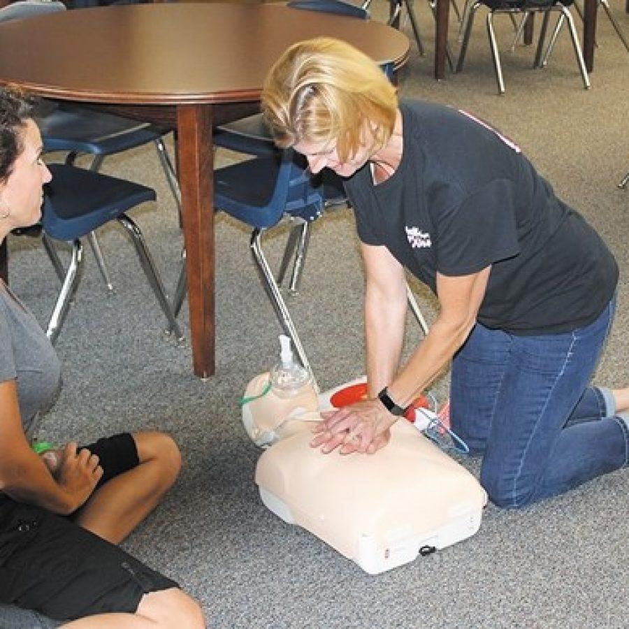 Mehlville support staff receives training