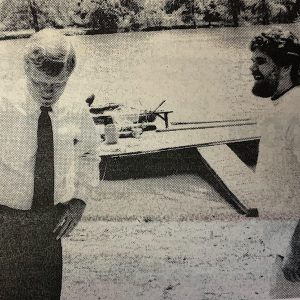 Greg Sauer, right, discusses the floods that caused thousands of dollars damage to his riverfront home with Congressman Dick Gephardt. Photo by Bill Milligan.