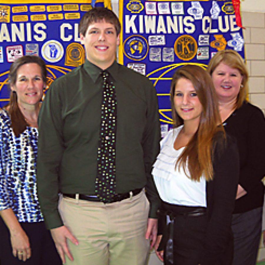 Kiwanis Club presents scholarships