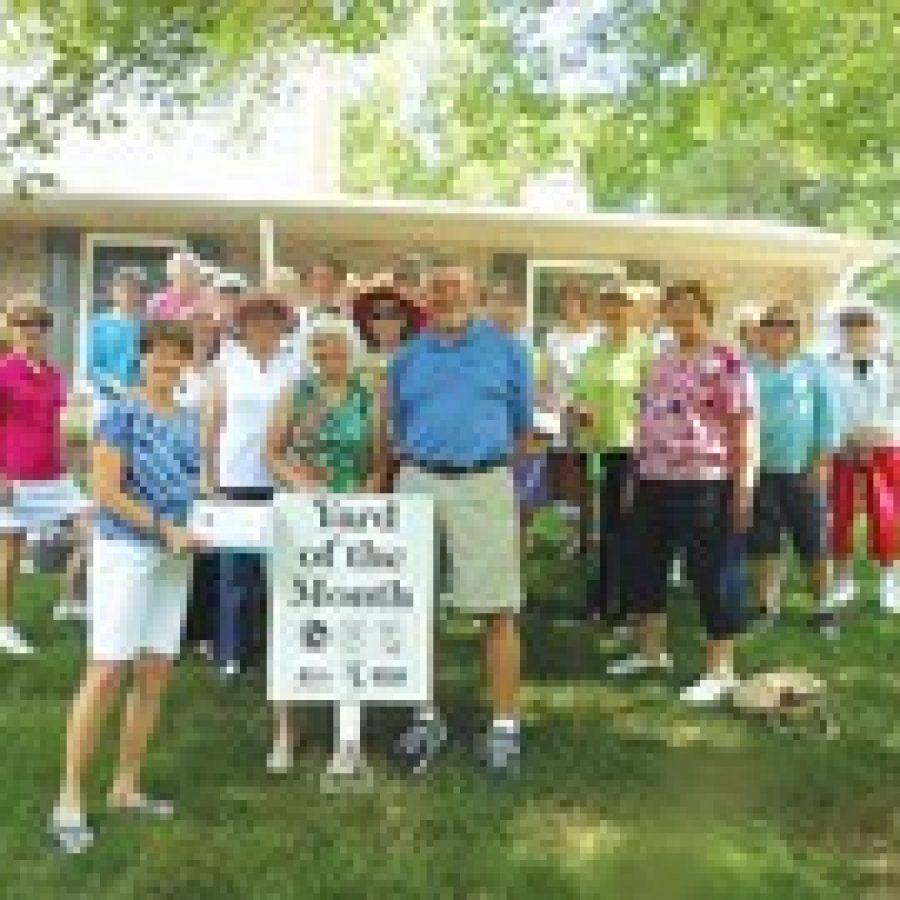 Mehlville Garden Club's Yard of the Month