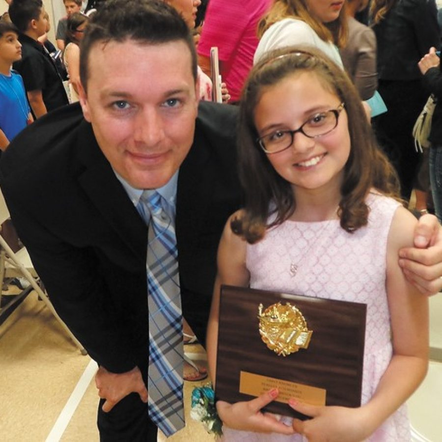 Oakville Elementary student honored for perfect attendance