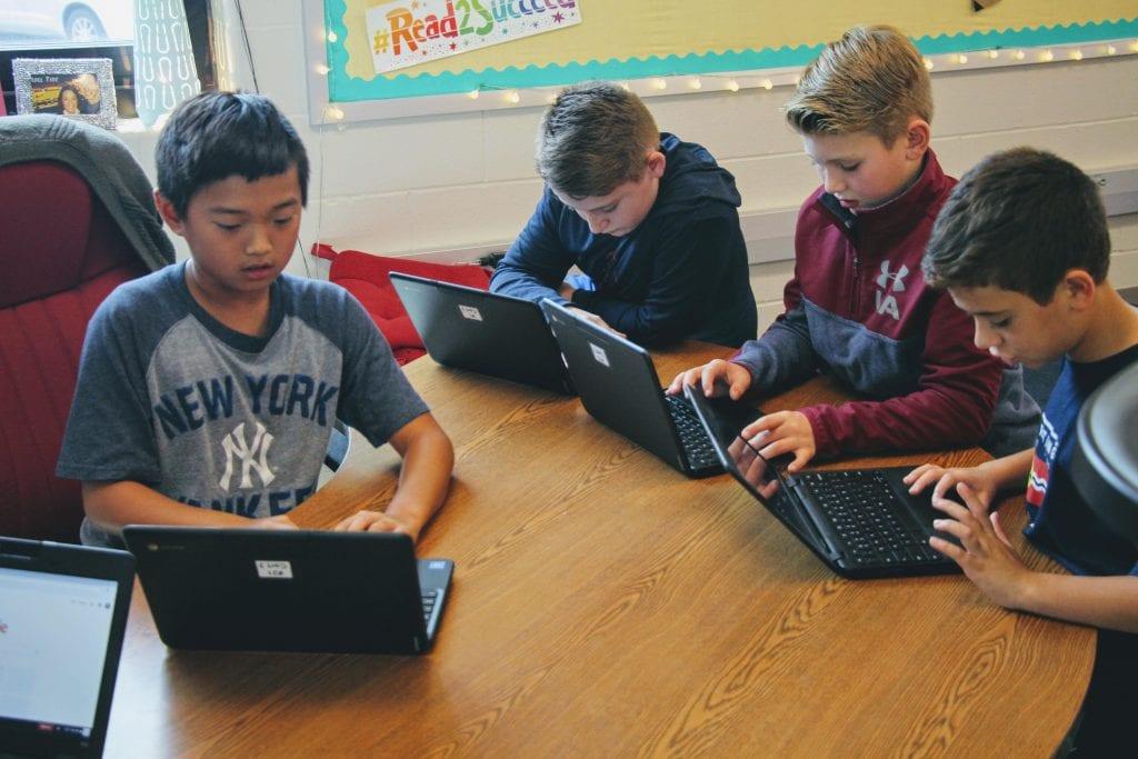 Lindbergh students use Chromebooks in 2018.