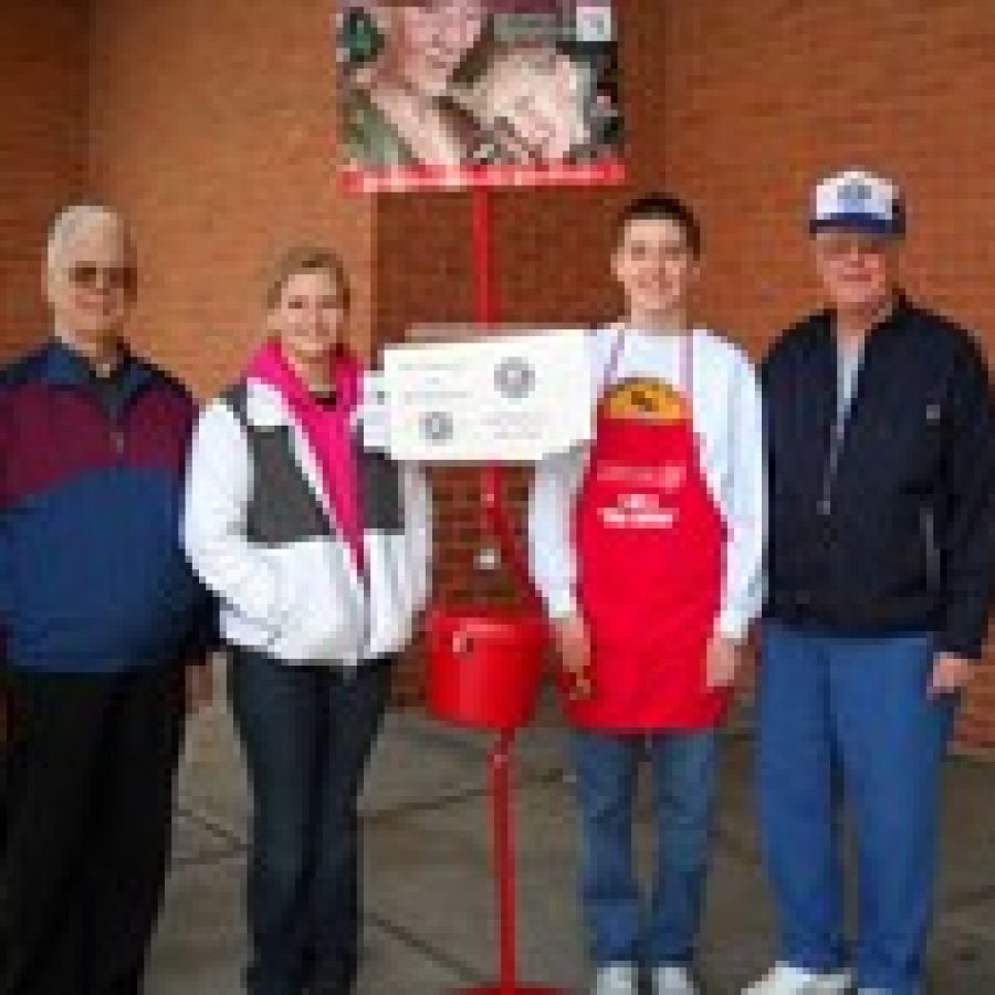 Kiwanis Club assists Salvation Army
