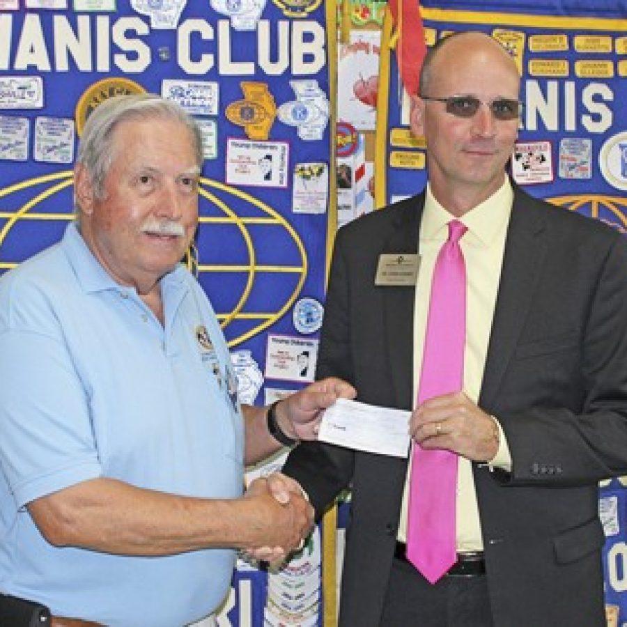 Kiwanis Club presents check to Mehlville School District