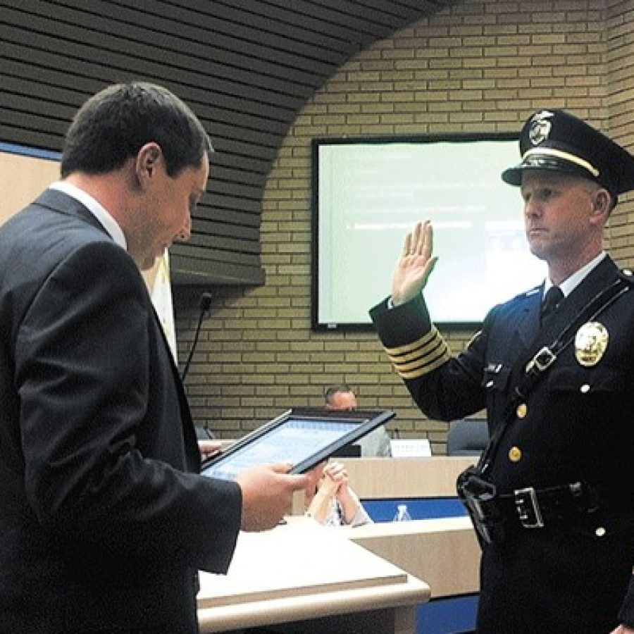 New Sunset Hills police chief sworn in