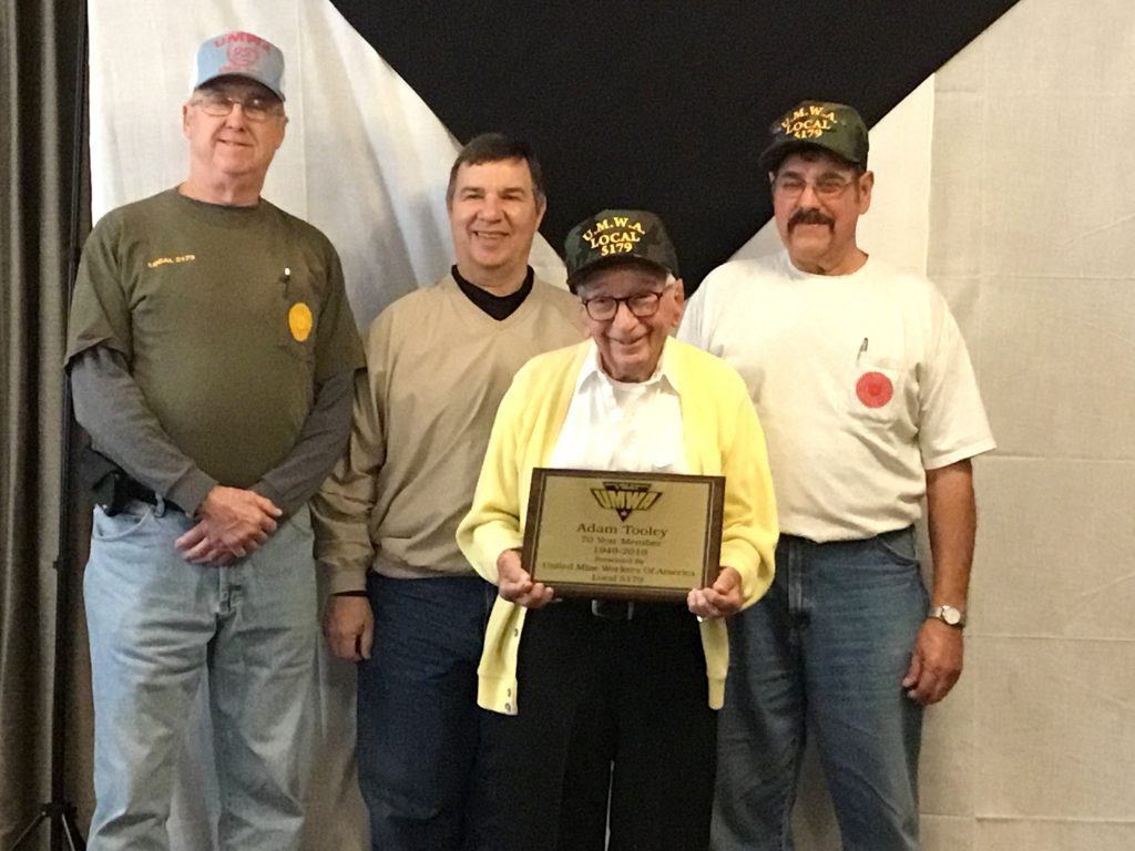 101-year-old+Crestwood+resident+gets+honored+by+a+union+as+oldest+member