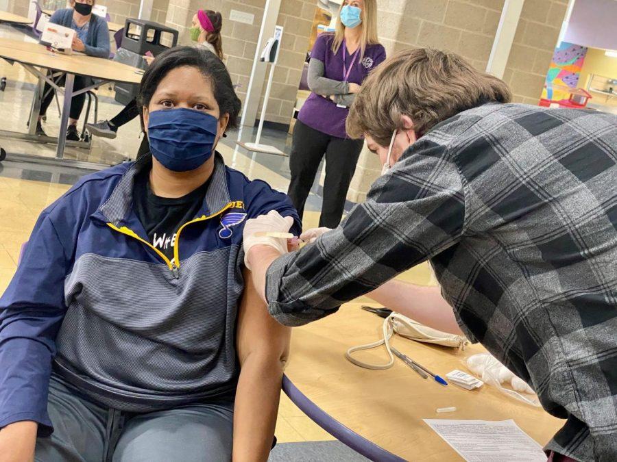 Affton+COVID-19+vaccines+for+teachers+11
