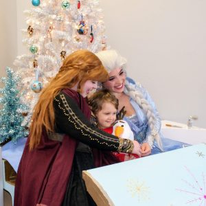 PHOTOS: Crowds at Oakville Holiday Crawl 'let it go' for local business