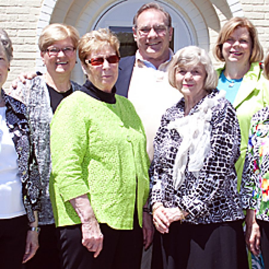 St. Anthony's Auxiliary installs new officers