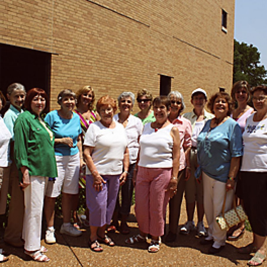 Concord Garden Club visits Kennerly Butterfly Garden
