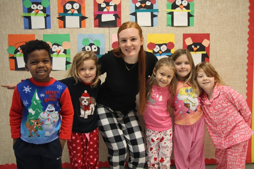 Crestwood+Elementary%E2%80%99s+first+week+of+full+day+kindergarten%2C+in+pajamas