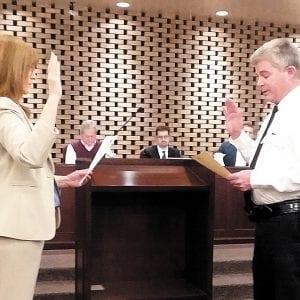 Crestwood deputy chief of police takes oath