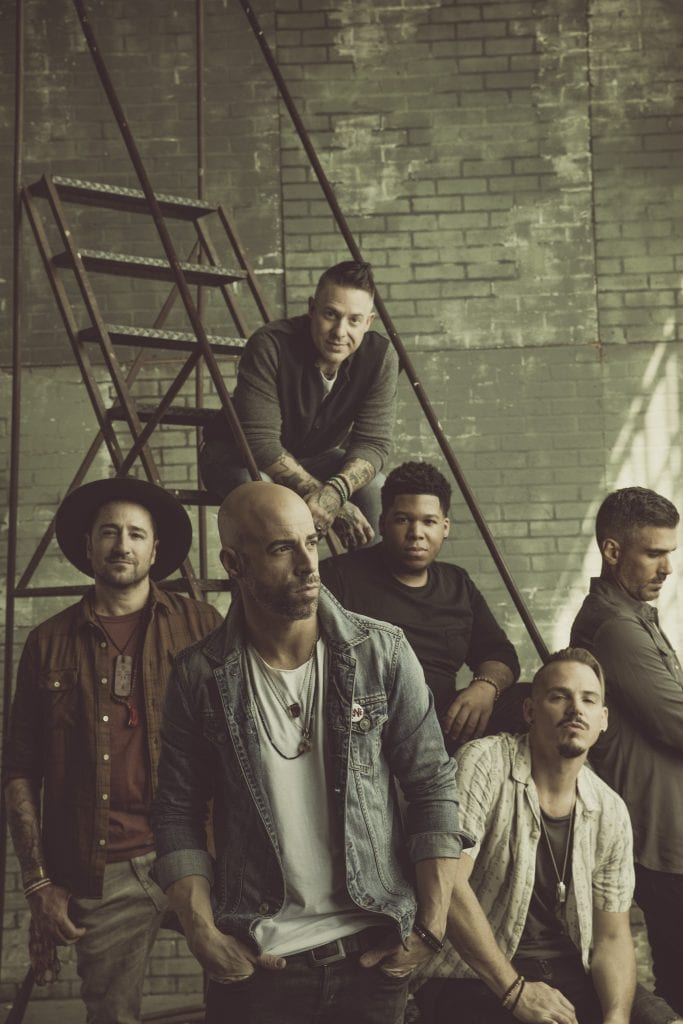 Daughtry rattles the cage at River City