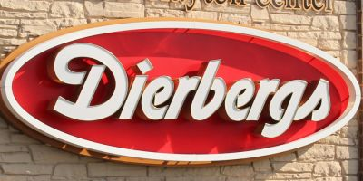 Dierbergs and union approve new three-year contract