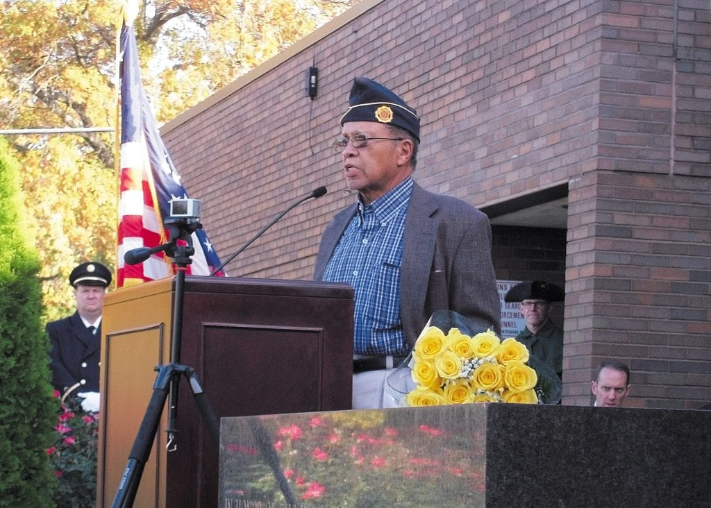 Founder+of+cemetery+organization+honored+at+Crestwood+Veterans+Day+ceremony