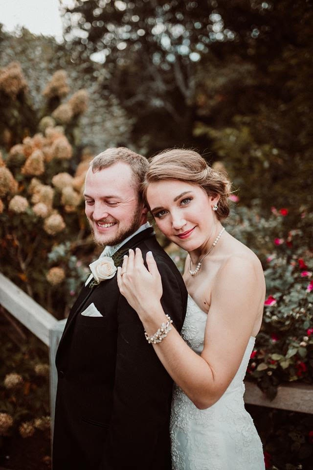 Evan+and+Sarah+Kelly+celebrate+their+first+anniversary%3B+married+in+2017