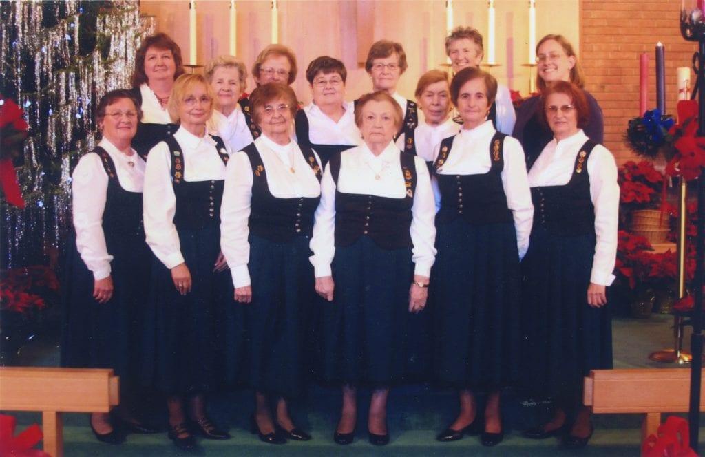 Ladies+Choir+of+the+St.+Louis+German+Cultural+Society.+