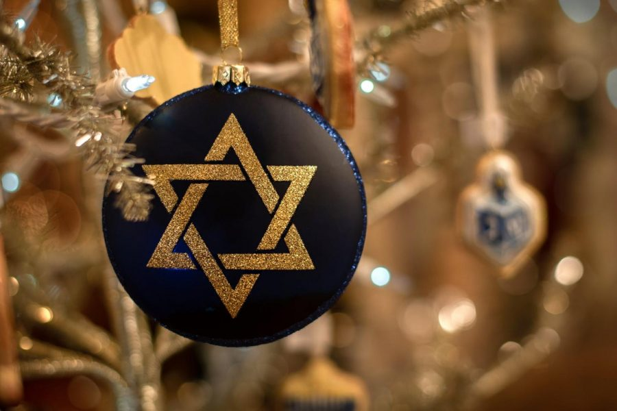 Hanukkah%2C+the+eight-day+Festival+of+Lights%2C+celebrated+with+St.+Louis+events