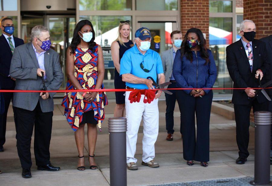Jefferson+Barracks+Hospital+unveils+medical+rehab+building