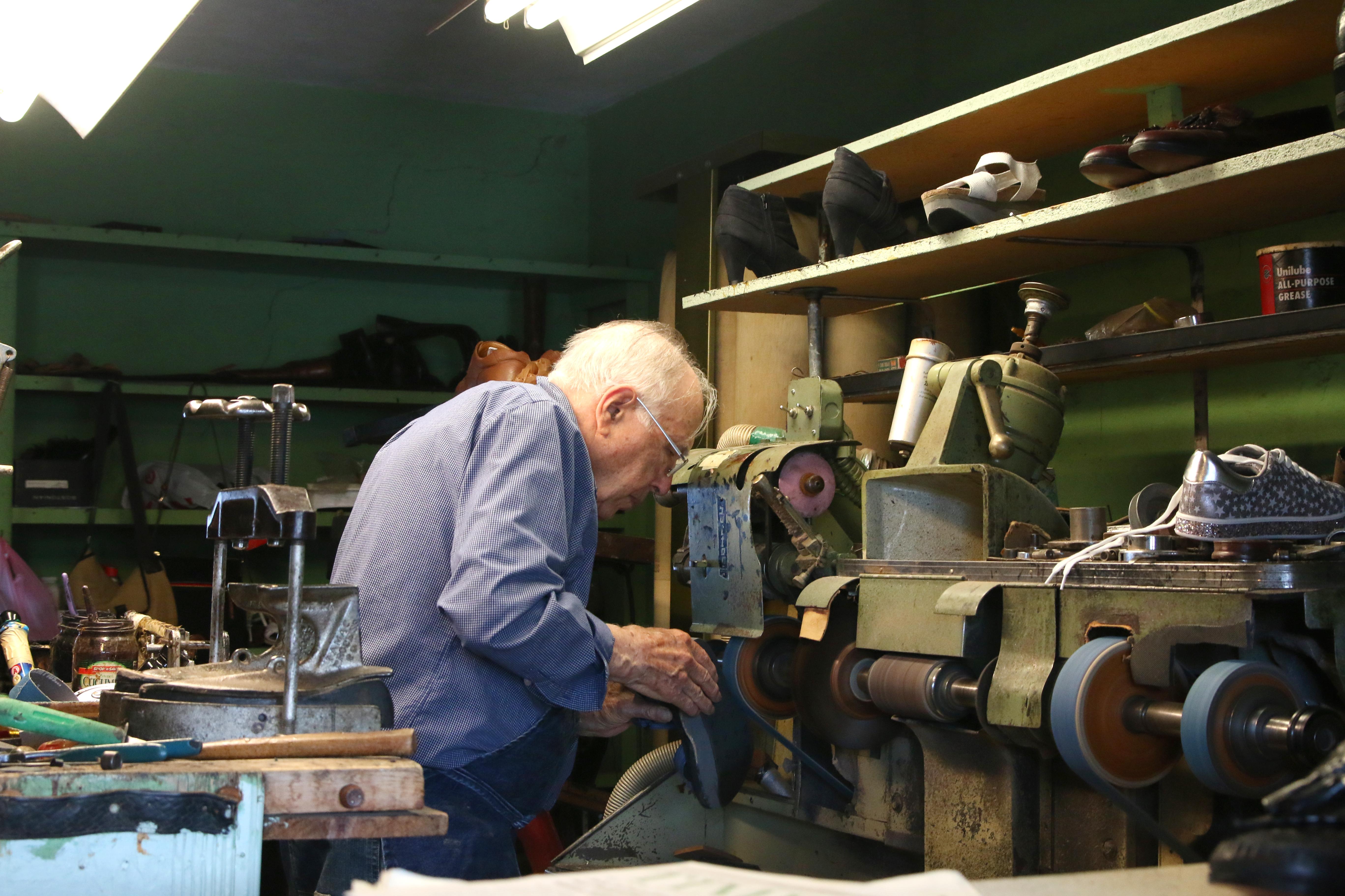 b15ccaaecf816 Gravois Road shoe repair shop set to close - Call Newspapers