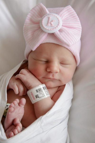 Kristen and Chris O'Connell welcome baby girl