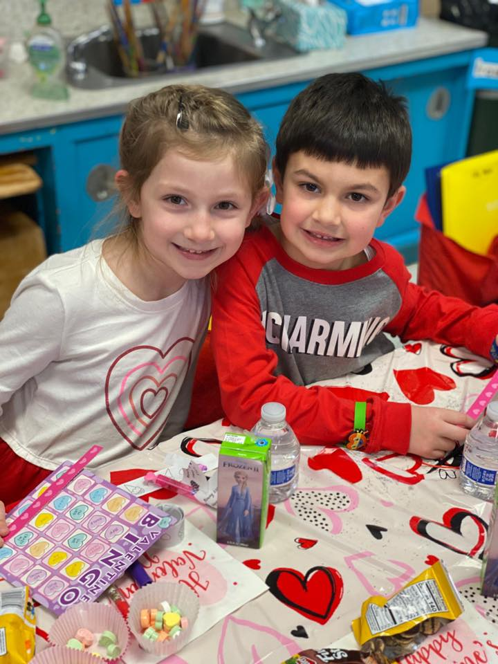 Kennerly+students+celebrate+Valentine%E2%80%99s
