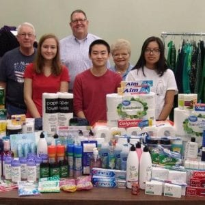 Kiwanis Club and Key Clubs collect items for Feed My People