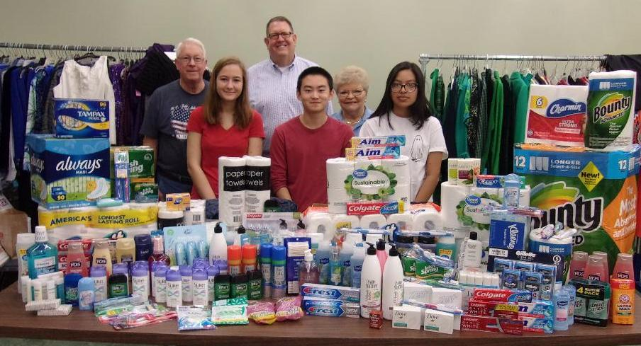 Kiwanis+Club+and+Key+Clubs+collect+items+for+Feed+My+People