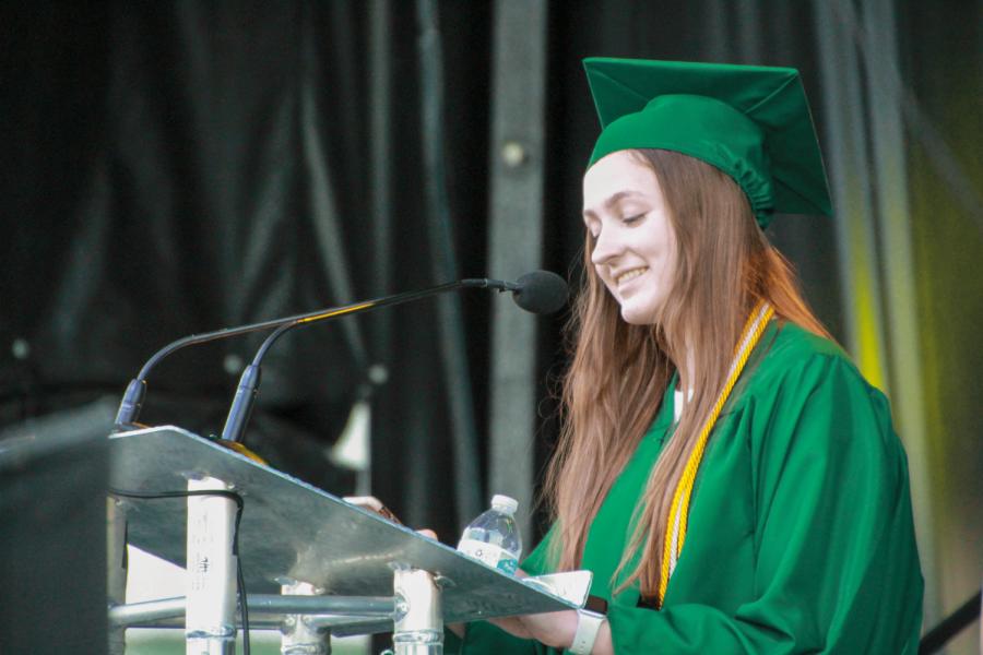 Lindbergh+Graduation+2021+Mackenzie+Sweeney+%284%29-min