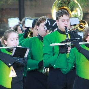 Lindbergh band plays full Rose Parade set