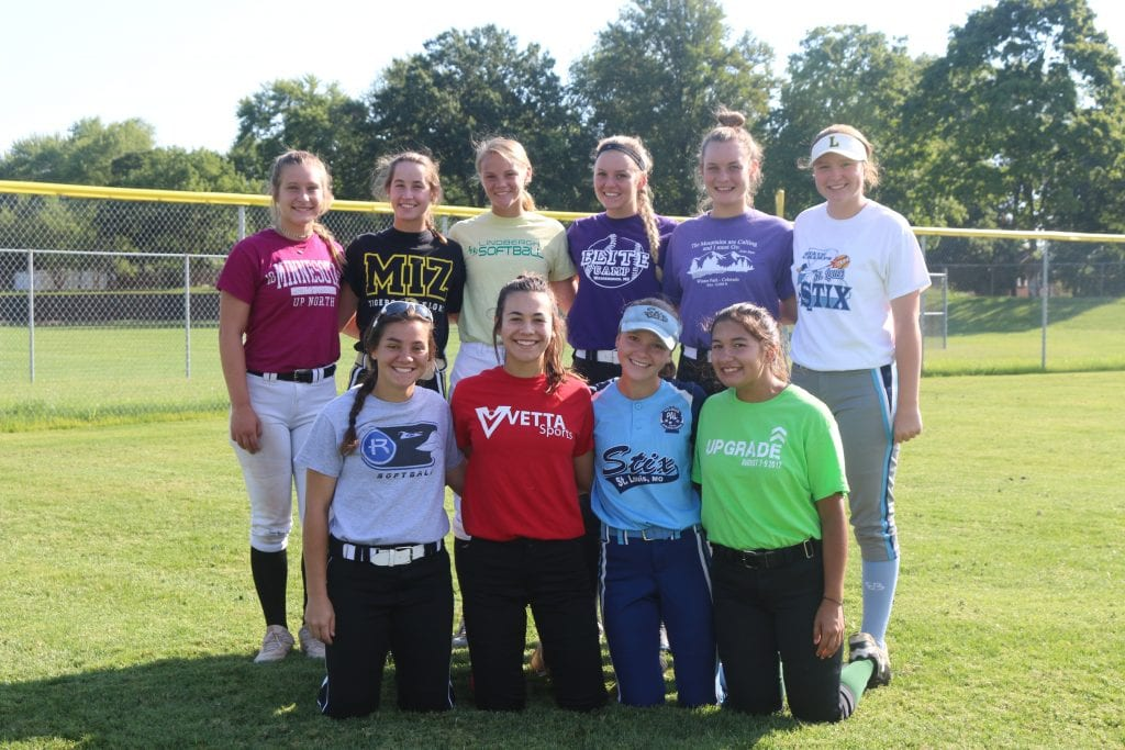 Lindbergh+varsity+softball+squad+looks+to+win+with+four-year+talent