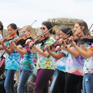 The Lindbergh Strolling Strings perform in Scotland in summer 2017.
