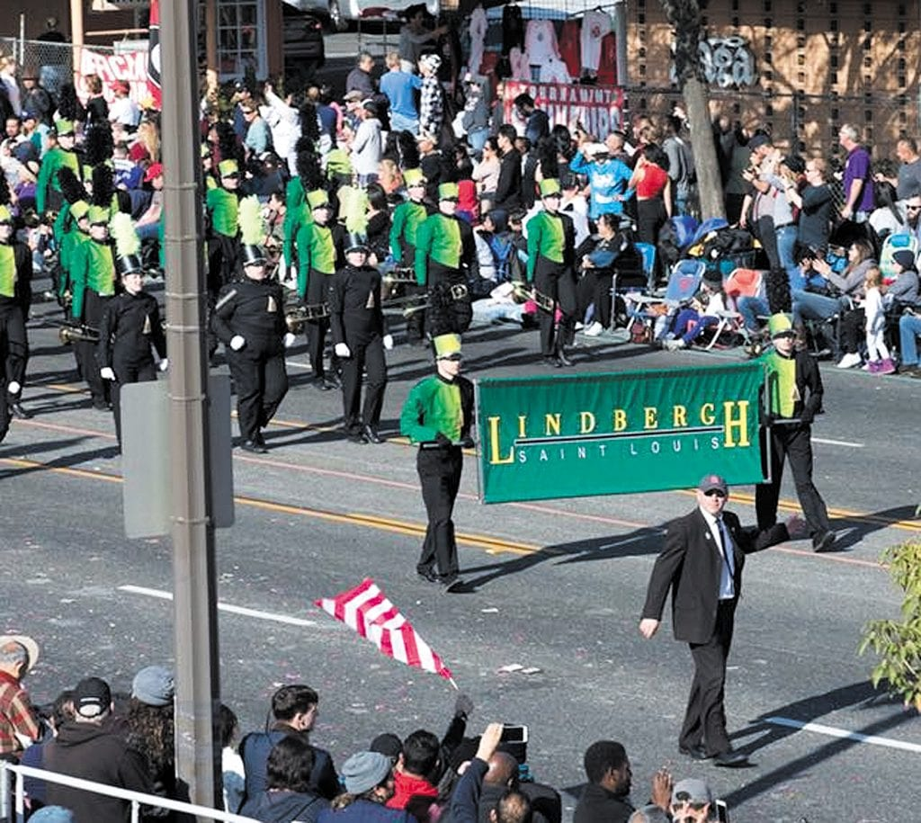 Lindbergh+band+makes+third+appearance+in+Rose+Parade