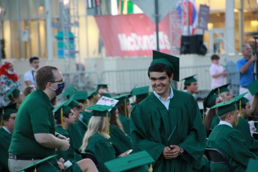 Lindbergh+graduation+2020+2