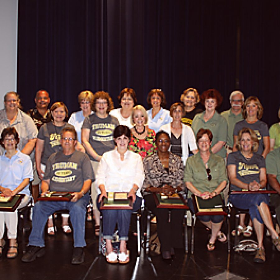 Lindbergh Schools' retirees amass 400-plus years of service to students