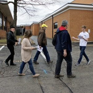 Lindbergh National Honor Society students led members of the public on tours of Lindbergh High School on March 13. The tour was to show the public the improvements needed for the high school, which will be funded by Prop R. Photo by Erin Achenbach.